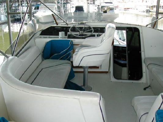 1989 bayliner 4588 motoryacht  4 1989 Bayliner 4588 Motoryacht