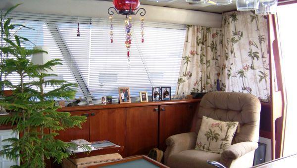 1989 bayliner pilot house motor yacht  12 1989 Bayliner Pilot house Motor Yacht