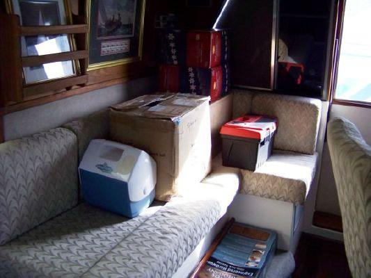 1989 bayliner pilot house motor yacht  14 1989 Bayliner Pilot house Motor Yacht
