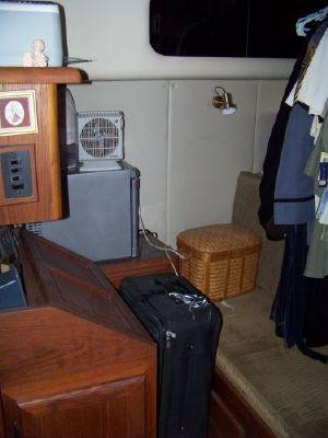 1989 bayliner pilot house motor yacht  25 1989 Bayliner Pilot house Motor Yacht