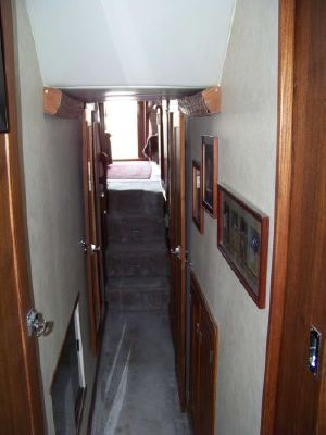 1989 bayliner pilot house motor yacht  28 1989 Bayliner Pilot house Motor Yacht