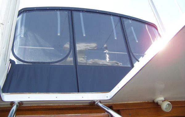 1989 bayliner pilot house motor yacht  5 1989 Bayliner Pilot house Motor Yacht