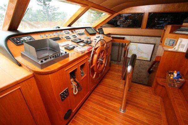 Burger Raised Pilothouse 1989 Pilothouse Boats for Sale