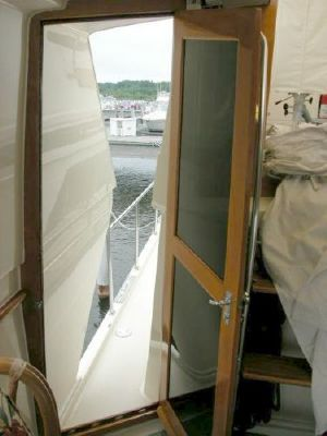 1989 californian motor yacht trawler  25 1989 Californian Motor Yacht/Trawler