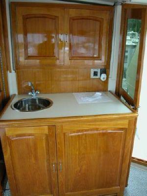 1989 californian motor yacht trawler  26 1989 Californian Motor Yacht/Trawler