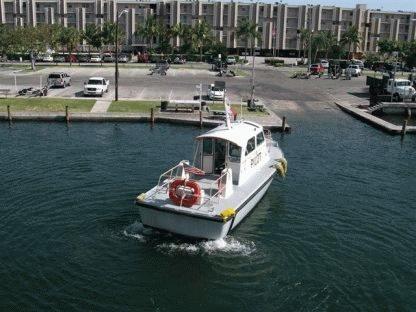 Custom Twin station/ single engine pilot vessel 1989 All Boats