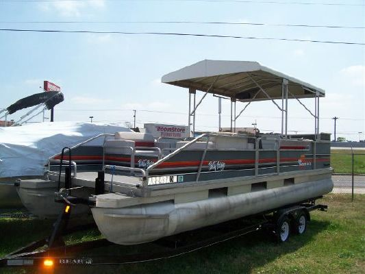 Tracker PARTY BARGE 24DLX 1989 Sun Tracker Boats for Sale