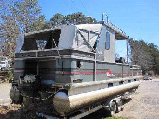 1989 Tracker Party Hut Boats Yachts For Sale