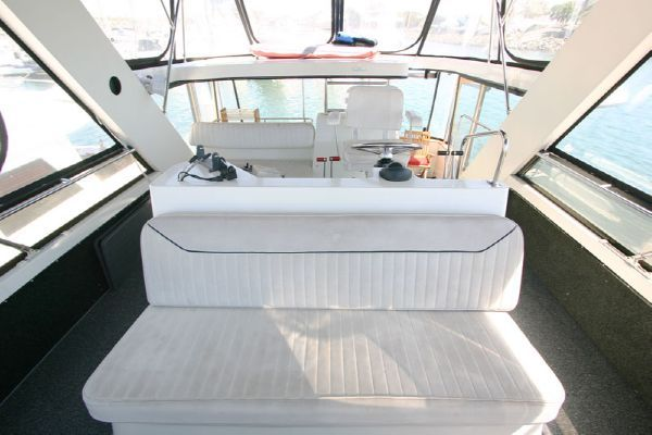 Carver Virtual Tours! ACMY 1990 42' Carver Boats for Sale