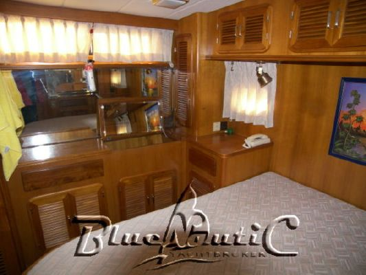 Astor 43 Fly 1990 All Boats