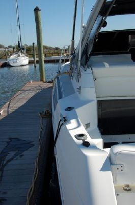 Bayliner AVANTI 3785 1990 Bayliner Boats for Sale