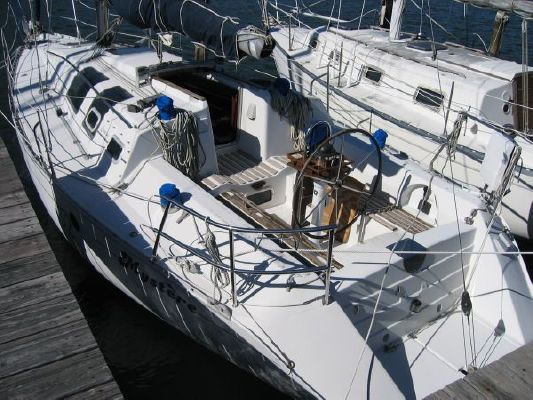 Beneteau 32s5 1990 Beneteau Boats for Sale Sailboats for Sale