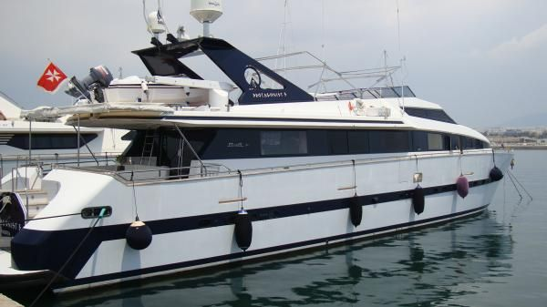 Benetti/Azimut 26m 1990 All Boats Azimut Yachts for Sale