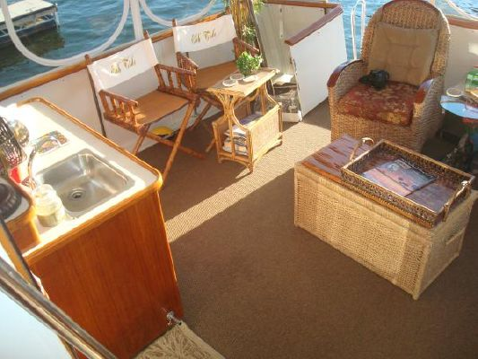 1990 californian 45 motor yacht  22 1990 Californian 45 Motor Yacht