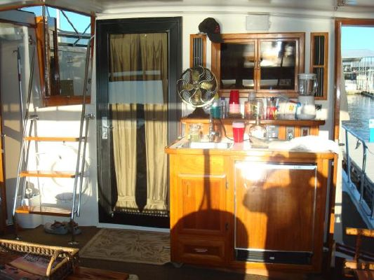 1990 californian 45 motor yacht  28 1990 Californian 45 Motor Yacht