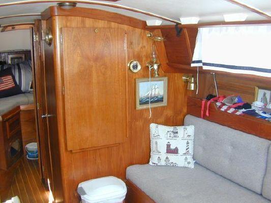 Cape Dory MK II Sloop 1990 Sloop Boats For Sale