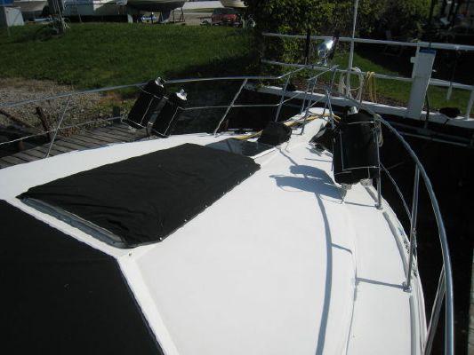 Carver 3807 (DG) 1990 Carver Boats for Sale