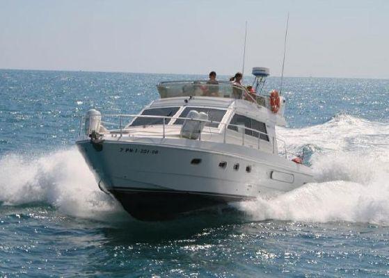 Ferretti 39 1990 All Boats