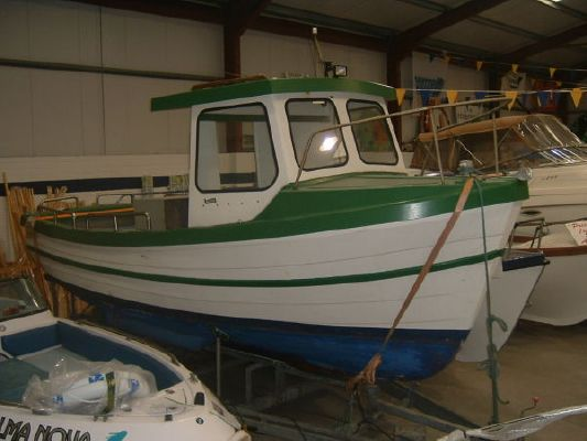 1990 fishing boat wheelhouse  2 1990 Fishing Boat Wheelhouse