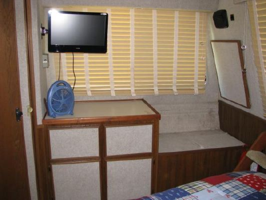Boats for Sale & Yachts Harbor Master 520 Widebody 1990 Egg Harbor Boats for Sale