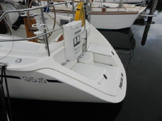 Hunter 35.5 1990 All Boats