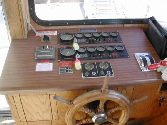Boats for Sale & Yachts JAMESTOWNER Houseboat 1990 Houseboats for Sale