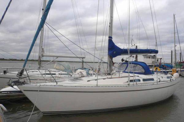 Moody 376 1990 All Boats