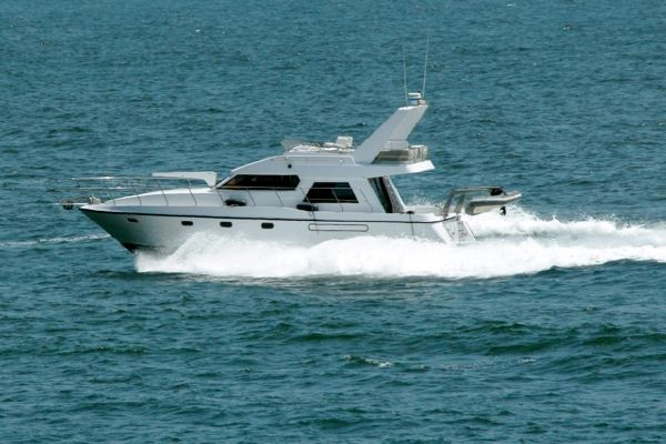 Neptunus sedan 1990 All Boats