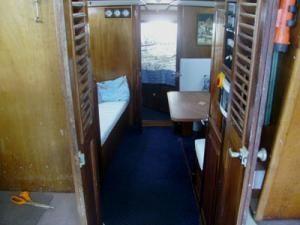 P Caruana & Bros 38 Flybridge Sportfisher 1990 Flybridge Boats for Sale