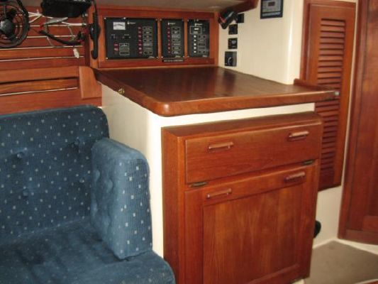 1990 pacific seacraft 31  13 1990 Pacific Seacraft 31