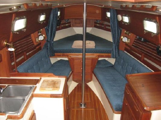 1990 pacific seacraft 31  7 1990 Pacific Seacraft 31