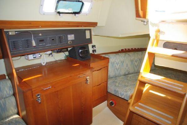 1990 pearson 31 mk ii  15 1990 Pearson 31 Mk II