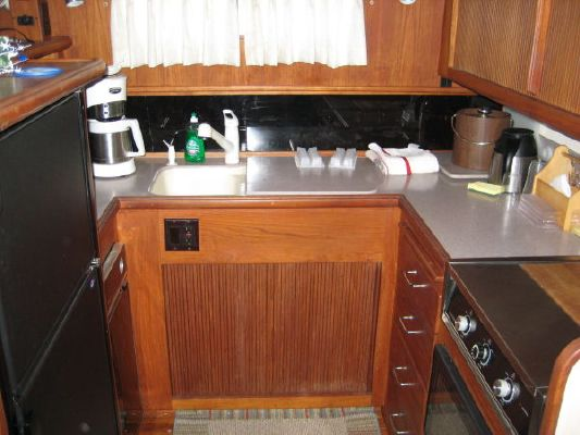 Boats for Sale & Yachts Tollycraft Cockpit Motor Yacht 1990 All Boats