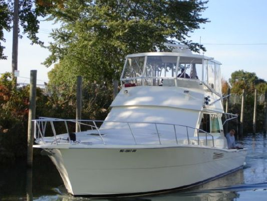 1990 viking 48 convertible freshwater  1 1990 Viking 48 convertible (freshwater)