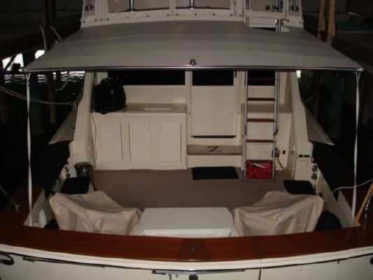 1990 viking 48 convertible freshwater  5 1990 Viking 48 convertible (freshwater)