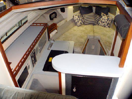 Baha 310 Flybridge Sedan 1991 Flybridge Boats for Sale