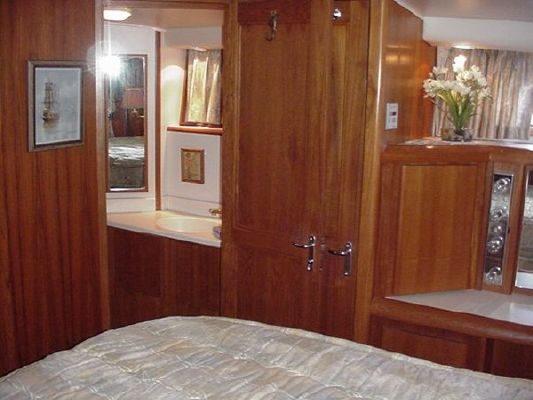 1991 californian 45 motor yacht  36 1991 Californian 45 Motor Yacht
