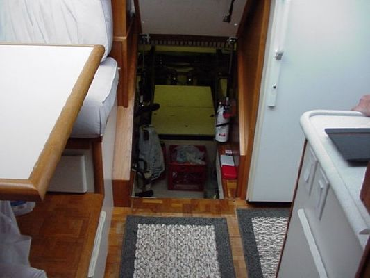 1991 californian 45 motor yacht  41 1991 Californian 45 Motor Yacht