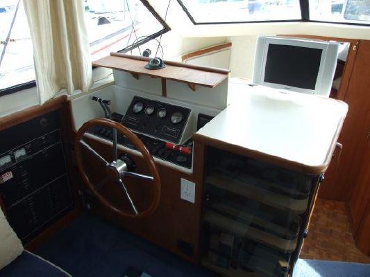 Carver 390 European 1991 Carver Boats for Sale