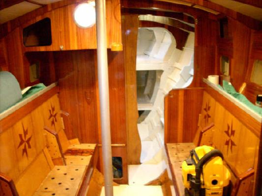 Custom Swedish Built Tri Reduced !! Cold moulded cored GRP skin method 1991 All Boats