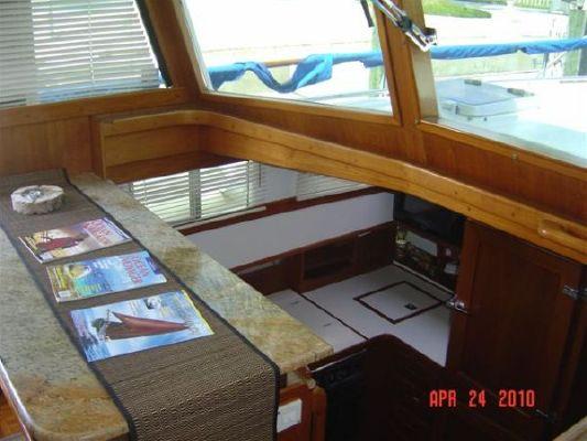 Grand Banks Cockpit Classic 1991 Grand Banks Yachts