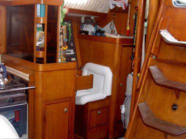 JEANNEAU SUN ODYSSEY 44 Cruising Yacht 1991 Jeanneau Boats for Sale