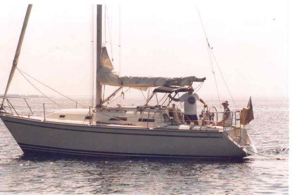 1991 pearson shallow draft sloop  3 1991 Pearson Shallow Draft Sloop