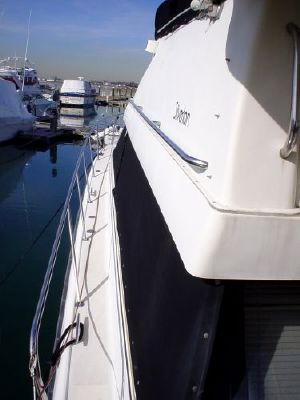 1991 silverton motor yacht  10 1991 Silverton Motor Yacht
