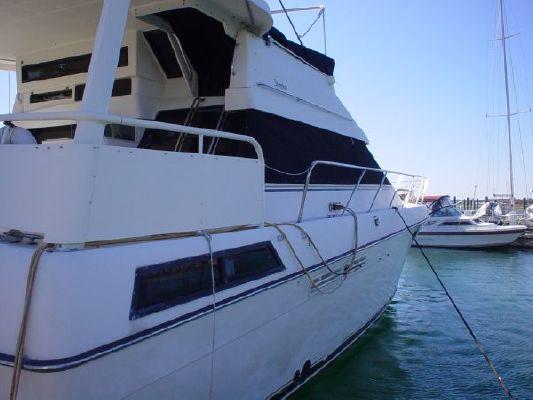 1991 silverton motor yacht  21 1991 Silverton Motor Yacht