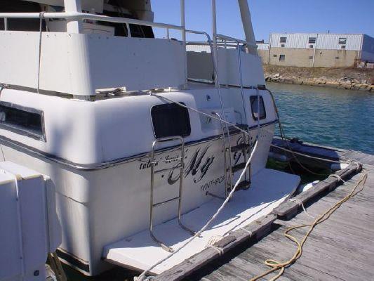1991 silverton motor yacht  22 1991 Silverton Motor Yacht