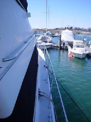 1991 silverton motor yacht  24 1991 Silverton Motor Yacht