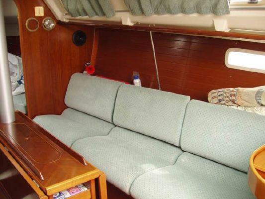 1992 beneteau oceanis 300  8 1992 Beneteau Oceanis 300