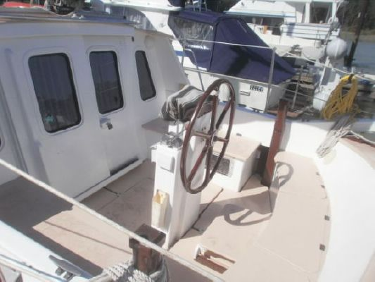 1992 bill garden design pilothouse cutter rig sailboat  6 1992 Bill Garden Design Pilothouse Cutter Rig Sailboat