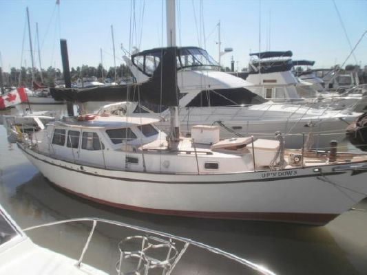 1992 bill garden design pilothouse cutter rig sailboat  7 1992 Bill Garden Design Pilothouse Cutter Rig Sailboat